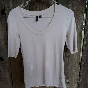 Cynthia Rowley tan t-shirt in medium.